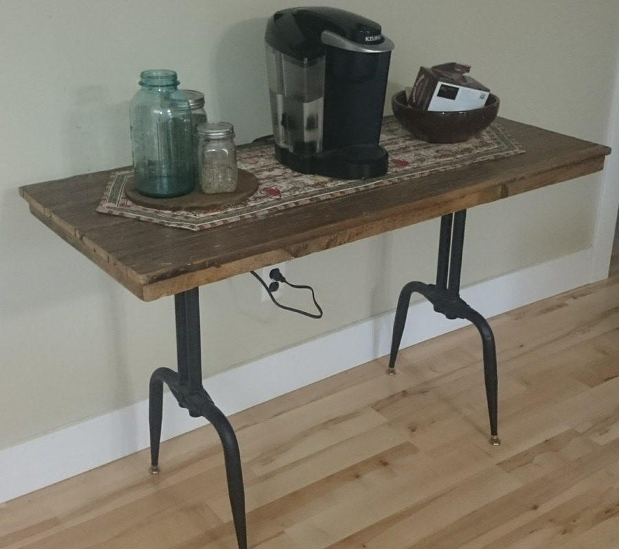 8ft Farm Table ... make a beautiful table. This table measures... and retails for $165.00